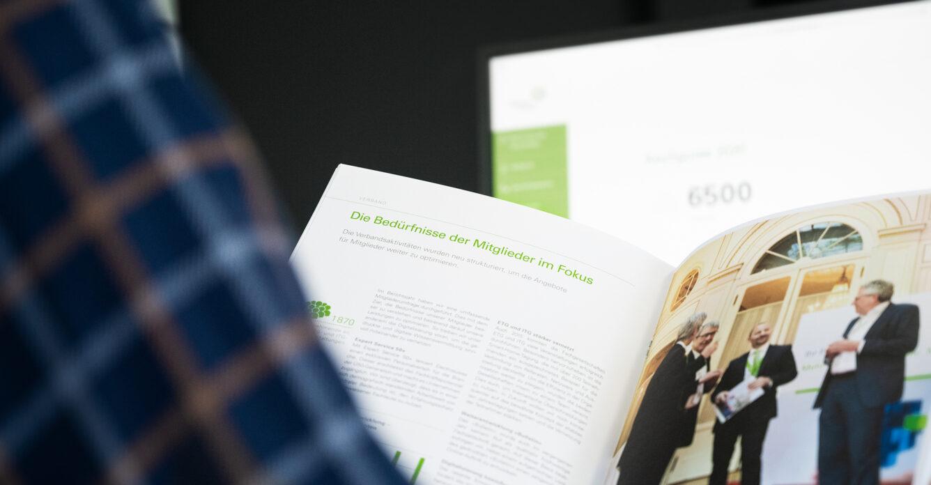 Broschüre Jahresbericht von Electrosuisse